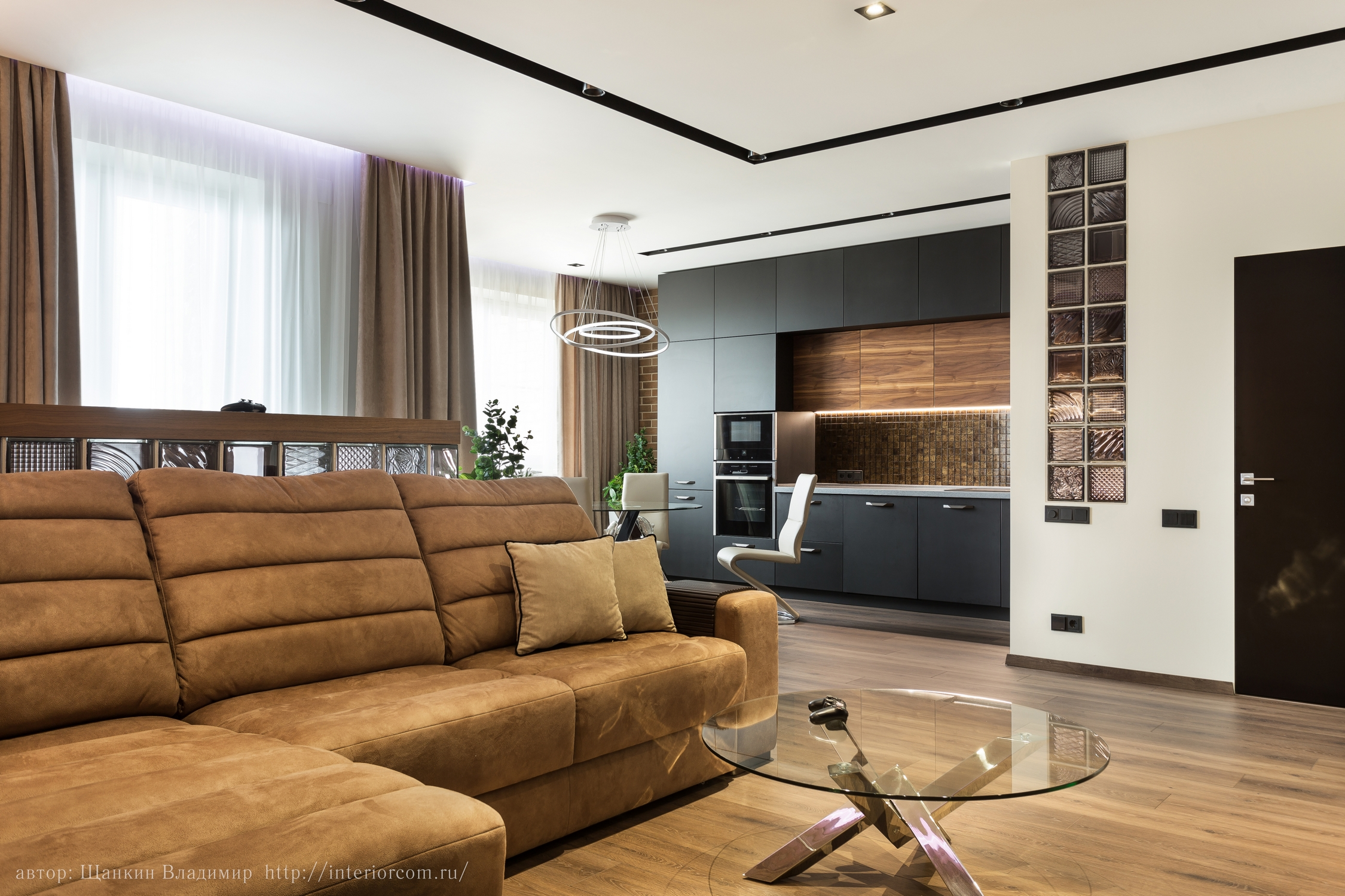 прихожая, гостиная и кухня - дизайн от студии Интерьерком